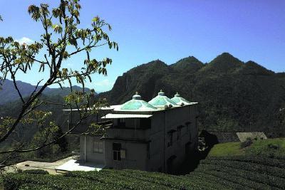 鹤峰:春在蒙古村