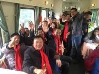 """1500个湖北人在回家的火车上开起了大""""Party"""""""
