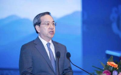 蒋超良:推动学习习近平新时代中国特色社会主义思想内化于心、外化于行