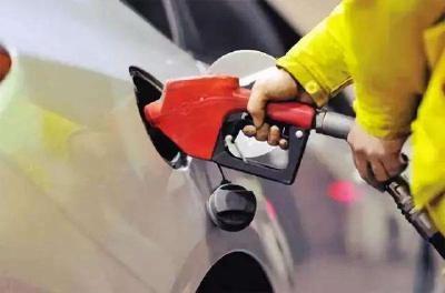 油价迎今年最后一次调价    92号汽油料每升涨0.17元