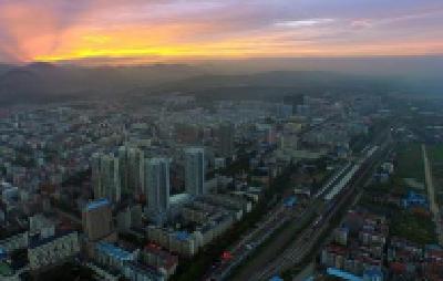 市人大城环委开展中心城区土地开发利用情况调查