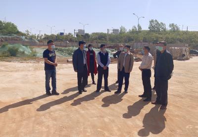 胡小国现场督办城区货运车辆停车场建设