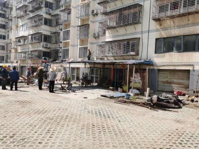 荆门高新区·掇刀区兴隆街办创城精准发力  拆除小区违建1595平方米