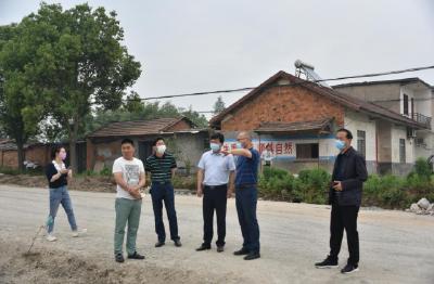 沙洋县县长陈威督查全县交通重点项目