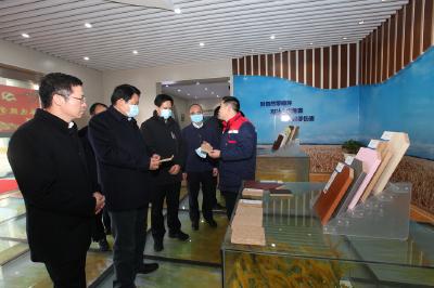 省第五生态环境保护督察组调研东宝区生态环境保护工作