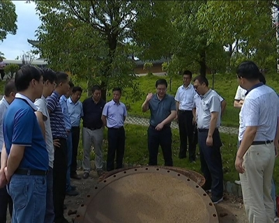 王刚调研城区截污及污水处理厂运行情况