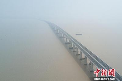 长江经济带检察机关把脉跨域污染防治难 探索协同机制