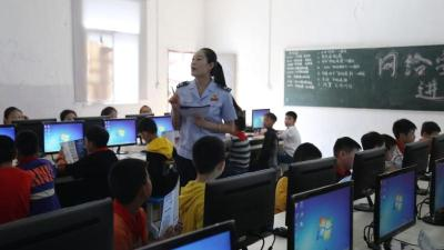 钟祥市莫愁小学:上好网络教育课 筑牢安全防火墙