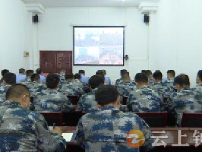反诈宣传进军营 共筑安全防火墙