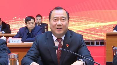 县委书记汪小波强调: 举全县之力支持兴发集团转型升级更大更强