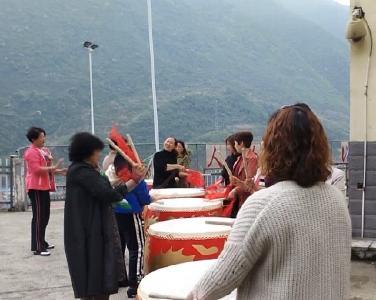峡口组建大鼓队传承传统文化