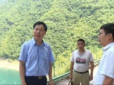 县委副书记陈光辉到咸水村调研乡村振兴
