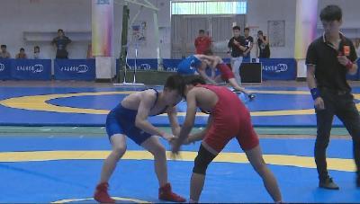 2019年湖北省青少年摔跤锦标赛今天上午在兴山开赛