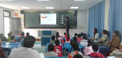 襄阳市讲师团到我县开展送教下乡活动