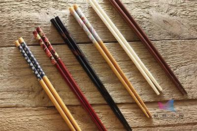 竹筷、木筷、不锈钢筷…究竟哪种筷子最好?今天全部告诉你