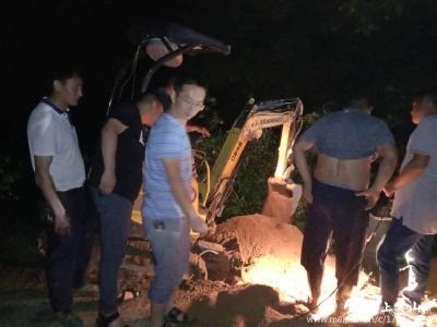 英山:西河水厂主管道被冲毁 20多人奋战三昼夜保供水