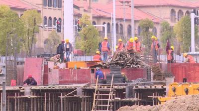 毕昇幸福广场项目建设有序推进