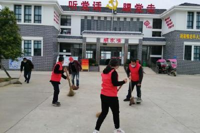 安福寺镇集中开展环境卫生大扫除活动