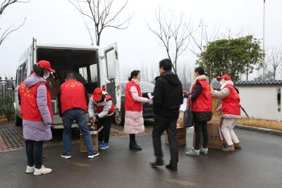 枝江市文化体育志愿服务队开展多形式志愿服务活动