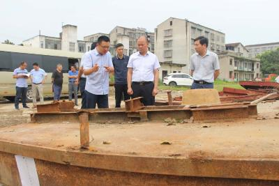 张学林:确保如期完成汉江禁捕退捕任务
