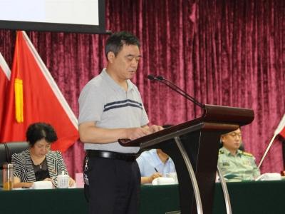 襄阳市工商局在全市第八次法治宣传教育工作会议上作经验交流发言