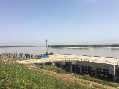 小河港建设进展情况如何?年底可完成四个泊位施工