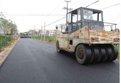 襄州:兴建百公里产业路助力乡村振兴