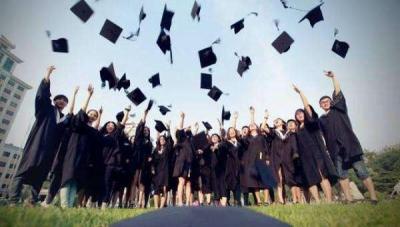 今年大学生就业有新动向:创业热和出国热持续退烧