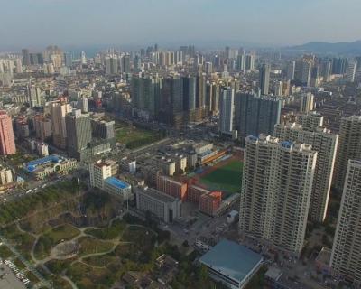 樊城区城管局:优化城市环境 建设精致樊城