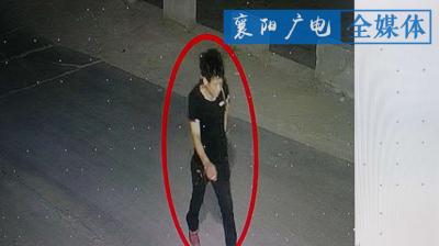 """""""一双红鞋子""""    襄阳警方揪出疯狂盗车贼"""