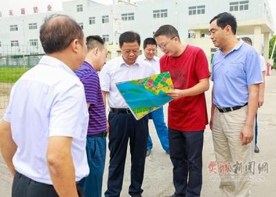 樊城区委、区政府调研区工业园建设