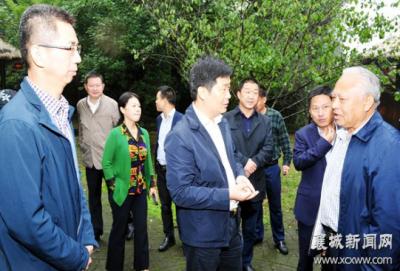 襄城区领导检查督导三季度拉练项目准备工作