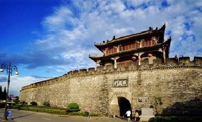 襄阳古城墙修缮完工 系20年来最大一次维修工程