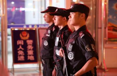 """樊城民警:""""平安是我们献给祖国最好的礼物"""""""