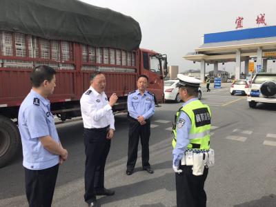 [襄阳高警]国庆节期间市管高速公路安全畅通秩序良好