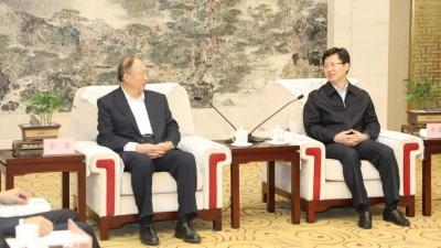 中国工程院院士李骏助力襄阳汽车产业发展