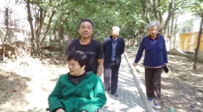 社会化推荐2018最美家庭:刘朝辉家庭