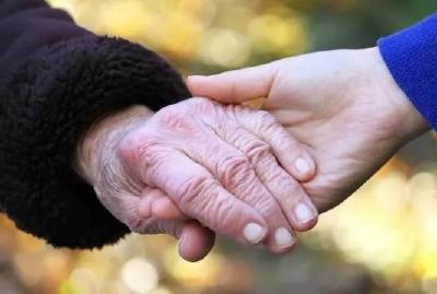 领补贴啦!襄城区开展困难高龄及失能老年人补贴发放工作