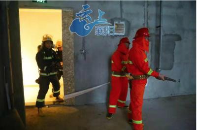 樊城消防大队举行消防宣传月活动