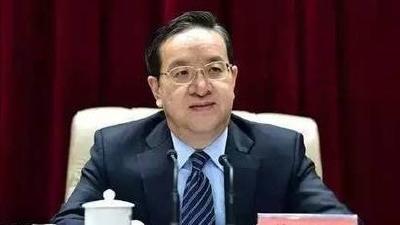 蒋超良主持省委常委会会议强调 牢固树立一盘棋思想 开创各项工作新局面