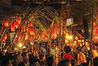 襄城年味儿浓!歌舞表演、民俗灯谜、祈福活动...你想要的都在这!
