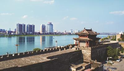 襄阳首个小区老年协会成立