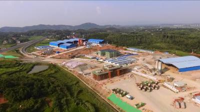 视频丨赵少莲督办重点项目建设 调研工业企业生产运营
