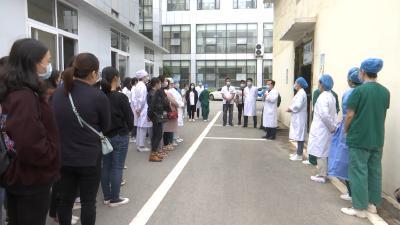 视频丨县人民医院开展疫情防控演练