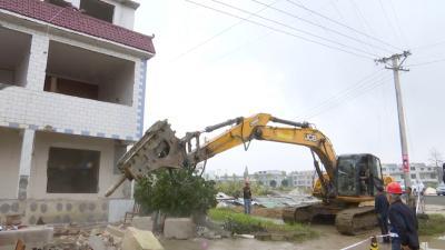视频丨县城管执法局:签订协议和房屋拆除同步
