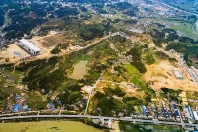 通城加快体育公园项目建设