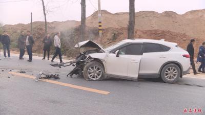 通麦公路发生一起车祸