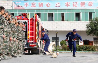 马港镇:以练促防 提升灭火应急救援能力