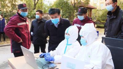 通城县开展新冠肺炎疫情处置综合应急演练