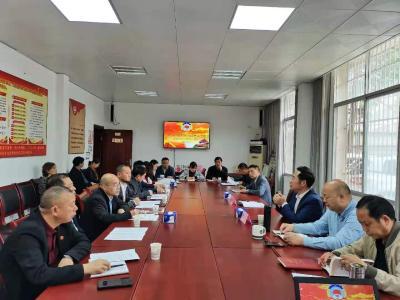 通城县政协机关党组将党史学习教育向非公经济领域延伸